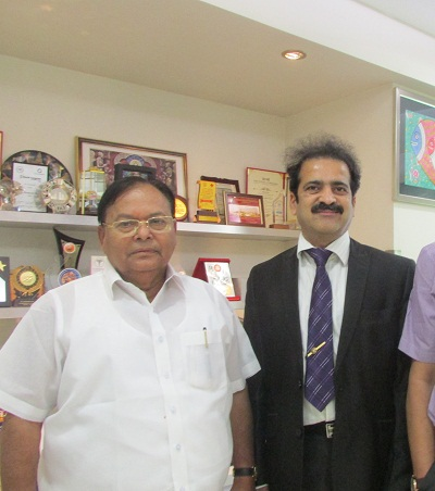 founder of Bharati Vidyapeeth University with Dr Shashank Shah
