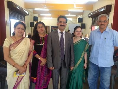 Medha Kulkarni, Maya Tulpule with Dr Poonam and Dr Shashank Shah